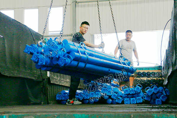 集团一批矿用单体液压支柱发往宁夏固原